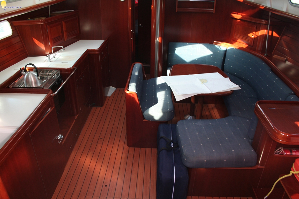 Beneteau Oceanis 473 Commodore 2005 For Charter